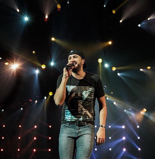 Luke-Bryan-Concert